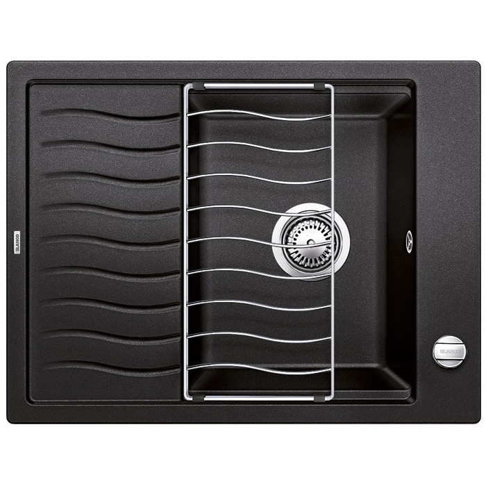 Elon 45S БелаяКухонные мойки<br>Кухонная мойка Blanco Elon 45S 520993.<br><br><br>Оборачиваемая кухонная мойка коллекции Elon выполнена в современном дизайне. Функциональное крыло с изящными волнообразными канавками для стока воды удобно использовать для сушки посуды. Модель отлично впишется в интерьер любой кухни.<br><br><br><br>Материал Silgranit PuraDur устойчив к механическим воздействиям и высоким температурам.<br>Стойкость к загрязнению и простота в уходе.<br>Непористая структура поверхности.<br>Монтаж: встраиваемый сверху или снизу.<br>Размер чаши (ШxГ): 32 x 41 см.<br>Размер монтажного отверстия (ШxГ): 63 x 48 см.<br>Поверхность мойки обладает антибактериальными свойствами.<br>Слив-перелив.<br>Практичная решетка в комплекте.<br>Два размеченных отверстия под смеситель.<br><br><br><br>Объем поставки: чаша мойки, клапан-автомат (3.5 дюйма),  отводная арматура, решетка (229234).<br>