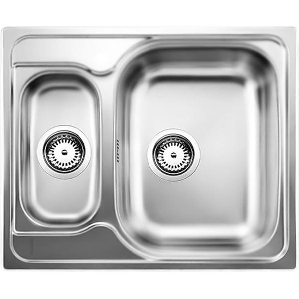 Tipo 6 Basic Матовая стальКухонные мойки<br>Оборачиваемая кухонная мойка Blanco Tipo 6 Basic 514813 из нержавеющей стали, с объемной большой чашей и с вместительной дополнительной чашей. Функциональный дизайн.<br>Конструкция:<br><br>Универсальная ориентация: большая чаша слева или справа.<br>Материал: высококачественная нержавеющая сталь.<br>Поверхность: матовая полировка.<br>Устойчивость к коррозии, высоким температурам и кислотам.<br>Стойкость образованию пятен и выцветанию.<br>Легкость в очистке, безопасность и гигиеничность.<br>Монтаж: встраиваемый сверху или в один уровень под столешницу.<br>Совет по ширине тумбы под мойку: 60 см.<br>Рекомендации по монтажу: учитывать ширину пристенного канта.<br><br>В комплекте поставки:<br><br>чаша мойки;<br>отводная арматура с двумя корзинчатыми вентилями 3 1/2.<br><br>