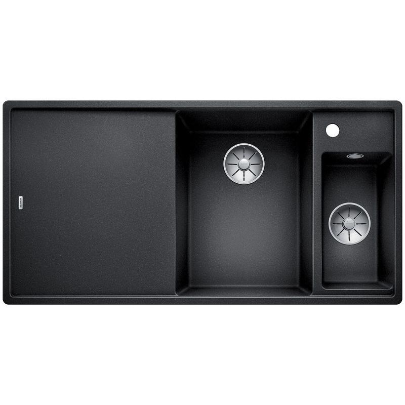 Axia III 6S со стеклянной доской КофеКухонные мойки<br>Кухонная мойка Blanco Axia III 6S 523482 со стеклянной разделочной доской.<br><br><br>Кухонная мойка коллекции Axia III выполнена в современном стиле. По периметру она обрамлена тонким кантом, придающим ей изящный внешний вид. Модель подойдет для установки в просторной кухне. Она оснащена функциональным крылом и двумя чашами с правой стороны, что позволяет с комфортом мыть различную кухонную утварь, размораживать продукты и сушить посуду. Комплектный коландер можно расположить как в дополнительной, так и в основной чаше. Мойка отлично впишется в интерьер любой кухни.<br><br><br><br>Материал Silgranit PuraDur устойчив к механическим воздействиям и высоким температурам.<br>Стойкость к загрязнению и простота в уходе.<br>Непористая структура поверхности.<br>Монтаж: встраиваемый сверху (врезной) или снизу (под столешницу).<br>Размер основной чаши (ШxГ): 34,5 x 47 см.<br>Размер дополнительной чаши (ШxГ): 18 x 34,5 см.<br>Размер монтажного отверстия (ШxГ): 98 x 49 см.<br>Поверхность мойки обладает антибактериальными свойствами.<br>Слив-перелив C-overflow.<br>Функциональное крыло.<br>Два готовых отверстия под смеситель.<br><br><br><br>Объем поставки: чаша мойки, клапан-автомат (3.5 дюйма),  разделочная доска из стекла (234045), коландер (233739), отводная арматура InFino.<br>