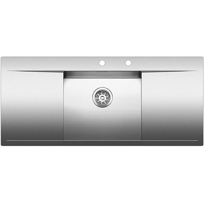 Flow 5 S-IF Полированная стальКухонные мойки<br>Мойка для кухни Blanco Flow 5 S-IF 521637. Цвет: Полированная сталь.<br>Современная кухонная мойка коллекции Flow с плавным переходом от большой удобной чаши к широкому крылу справа и слева, и площадкой для смесителя и аксессуаров. Мойка обрамлена элегантным плоским кантом, что позволяет оптимизировать использование рабочей зоны. Превосходно сочетается с любым интерьером кухни.<br>Мойка выполнена из высококачественной нержавеющей стали, что позволяет ей противостоять образованию коррозии, высоким температурам и кислотам, стойкая к образованию пятен и выцветанию. Зеркальная полированная поверхность выглядит эстетично и притягивает взгляд своим блеском.<br>Функциональная отводная арматура InFino.<br>Клапан-автомат диаметром 3,5 дюйма с плоской интуитивной системой управления PushControl.<br>Высококачественный скрытый гигиеничный перелив C-overflow.<br>Монтаж: врезной (сверху) или в один уровень со столешницей.<br>Для установки в шкаф шириной от 50 см.<br>Размер чаши (ШхГ): 45 х 19 см.<br>Размер монтажного отверстия (ШxД): 114,5 x 49,5 см.<br>Чаша в центре, крыло слева и справа.<br>Одно отверстие под смеситель и одно для аксессуаров.<br>В комплекте поставки: мойка, отводная арматура, клапан-автомат, набор крепежа.<br>