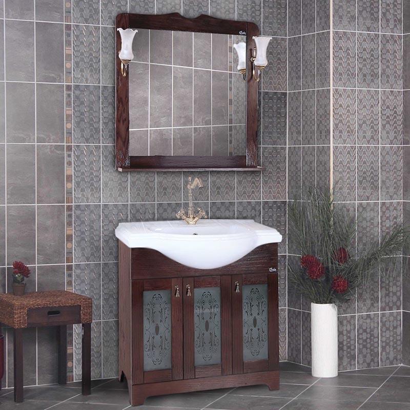 Сен-Луи 80 Белое деревоМебель для ванной<br>Напольная тумба под раковину Onika Сен-Луи 80 108041 на четырех ножках, с тремя распашными дверцами. Надежная работа подвижных механизмов благодаря тщательно подобранной качественной фурнитуре. Мебель сертифицирована в соответствии с требованиями Российского законодательства. Предназначена для использования в ванных комнатах с повышенной влажностью.<br>Конструкция:                 <br><br>Цвет: белое дерево.<br>Фасад: шпонированный МДФ.<br>Корпус: влагостойкий ЛДСП.<br>Витраж с узорами: Onika.<br>Ручки: металлические, Boyard.<br>Плавное закрывание дверок: петли с доводчиками, Boyard.<br>Отделения: три распашные дверцы, полки.<br>Монтаж: напольный, на четырех ножках.<br><br>В комплекте поставки:<br><br>тумба.<br><br>