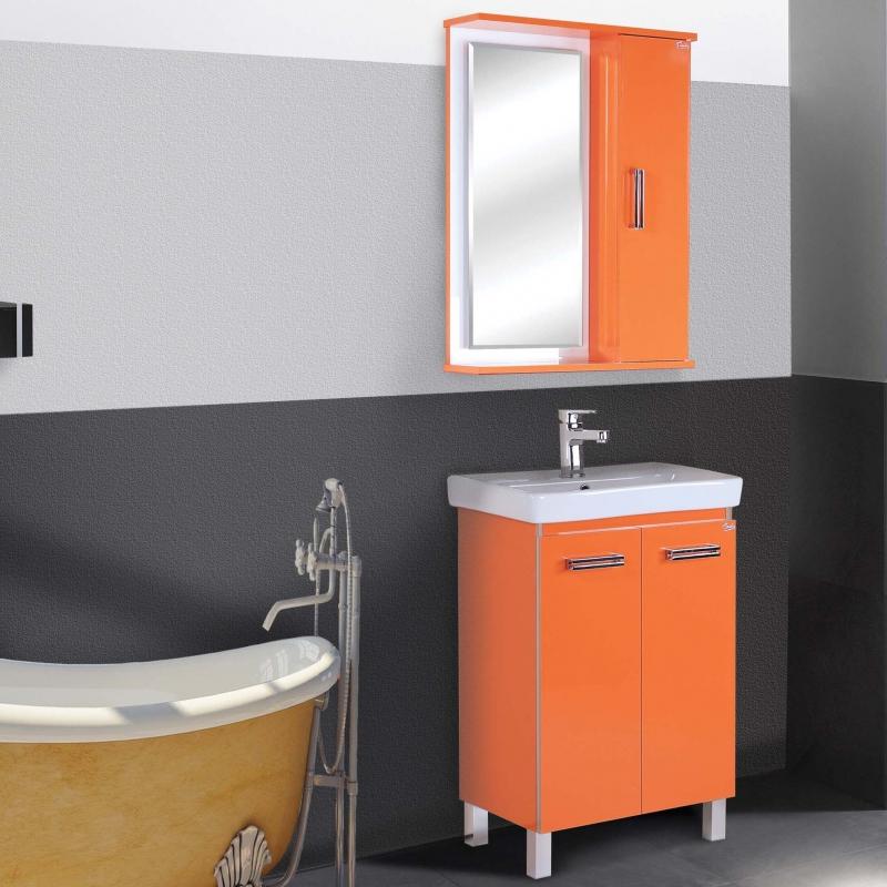 Версаль Люкс 55 ОранжеваяМебель для ванной<br>Тумба под раковину Версаль Люкс 55.<br>Цвет: оранжевый.<br>Тумбы выполнена из влагостойкого материала, что позволяет продлить срок ее службы.<br>Две распашные дверцы оснащены доводчиками для плавного и тихого закрывания.<br>Монтаж: 4 ножки.<br>В комплекте поставки:<br><br><br>тумба<br>ножки<br><br><br>