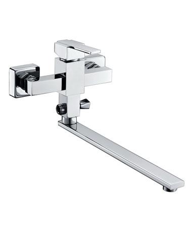 Grano GR18102 ХромСмесители<br>Edelform Grano GR18102 смеситель для ванны однорычажный, в комплектацию входит: эксцентрики, отражатели, армированный гибкий шланг 1,5 м, душевая лейка поворотный держатель лейки, крепёж.<br>