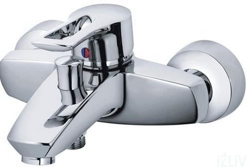 MX 334450562 ХромСмесители<br>Смеситель для ванны Kludi MX 334450562 однорычажный, без душевого гарнитура. В комплект входят: эксцентрики, каскадный аэратор M 28 x 1, керамический картридж с ограничителем горячей воды, автоматическое переключение душ/ванна. Защищен от обратного тока воды. Покрытие хром.<br>