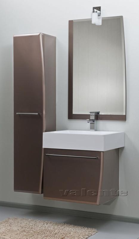 Severita 10 подвесная покрытие металлик раковина белая S37Мебель для ванной<br>Цена указана за модуль S37 (покрытие металлик, раковина белая). Модуль с раковиной представляет собой корпусную конструкцию с фигурным ящиком, снабженным шарикоподшипниковой системой выдвижения. Дно ящика покрыто специальным резиновым ковриком серого цвета. Коврик предупреждает скольжение и облегчает уход за мебелью. Верх корпуса представляет собой раковину прямоугольной формы из искусственного камня.<br>
