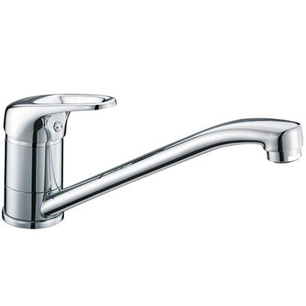 Oder 6307 ХромСмесители<br>Смеситель для кухни Wasser Kraft Oder 6307.<br>Однорычажный смеситель с поворотным изливом и аэратором. Имеет долгий срок эксплуатации за счет качественных деталей, неприхотлив в уходе. Дополнит любую ванную комнату своей функциональностью и стильной формой конструкции.<br><br>Характеристики:<br>Длина излива: 21 см.<br>Изготовлен из высококачественной латуни с покрытием цвета хром, которое не теряет цвет со временем, устойчиво к царапинам и превосходно защищает от коррозии.<br>Керамический картридж 40 мм Sedal (Испания), что гарантирует долгий срок службы.<br>Встроенный силиконовый аэратор Neoperl Cascade (Германия) для равномерного распределения струи.<br>Гибкая подводка G 1/2 Sedal (Испания).<br><br>В комплекте поставки: смеситель, монтажный набор.<br>