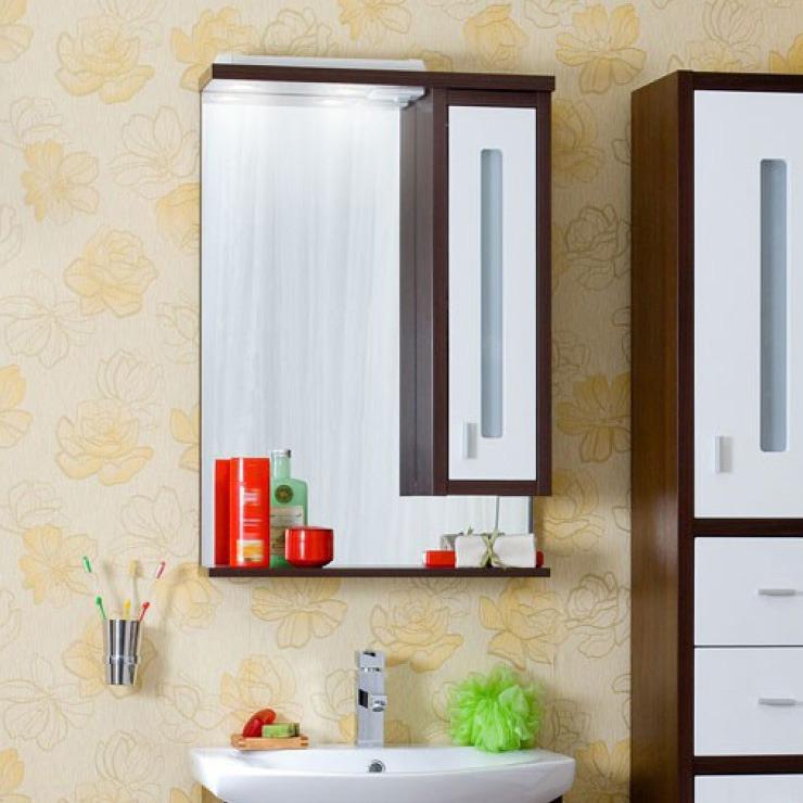 Бали 62 Корпус венге, фасад белый правоеМебель для ванной<br>Зеркало со шкафчиком и нижней полочкой. Размер: 620х842х200 мм.<br>