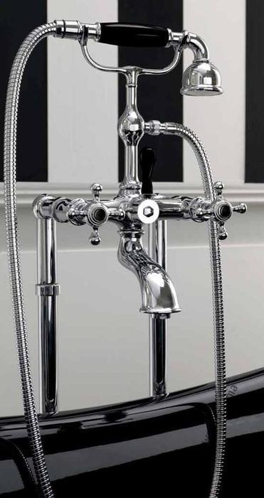 Retro 7394 ЗолотоСмесители<br>Смеситель на ванну внешнего монтажа с ручным душем Kerasan Retro 739491. Цвет золото.<br>